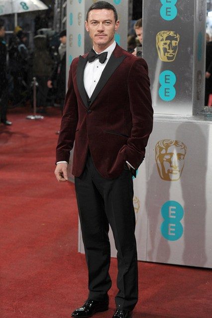 Luke Evans in Hackett